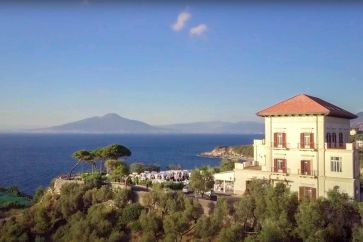 SEAFRONT CASTLE FOR SALE IN SORRENTO